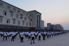 """龙胜管曹县运营中心为弘扬全民健身运动,竟组建了一支""""400人舞团"""""""